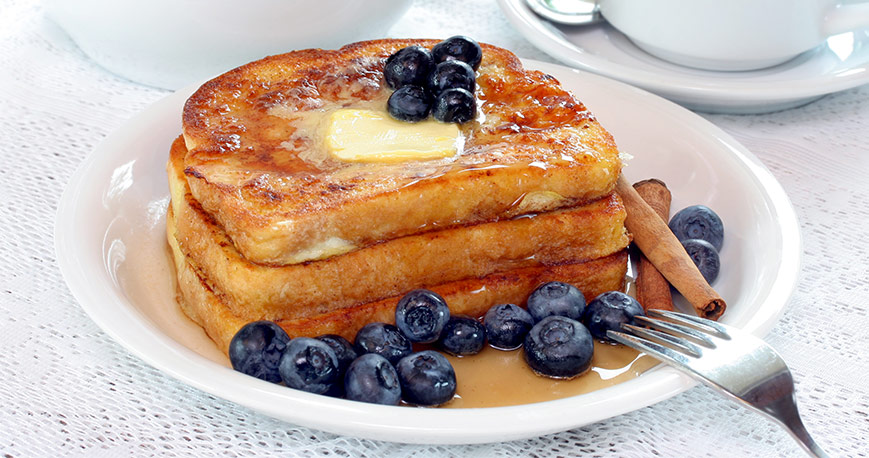 Plate with french toast and blueberries