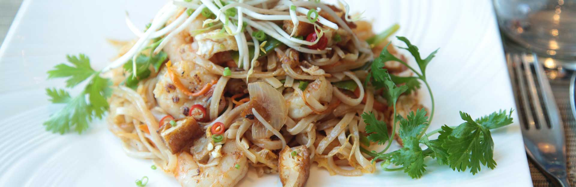 a Thai stir-fry, a dish that can be made with shirataki noodles